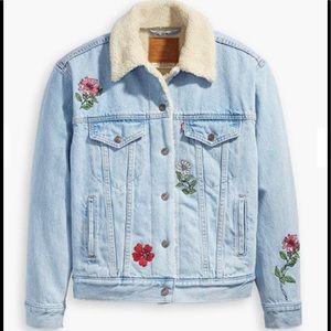Levi's ExBoyfriend Embroidered Trucker Jacket NWT